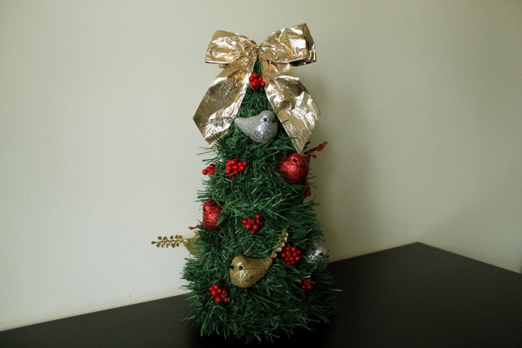 DIY Mini Christmas Tree