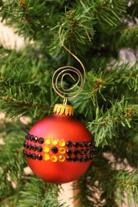 DIY Santa's Belt Rhinestone Ornament