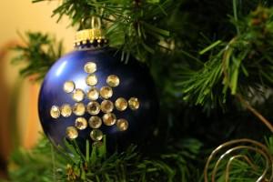 DIY Rhinestone Snowflake Ornament